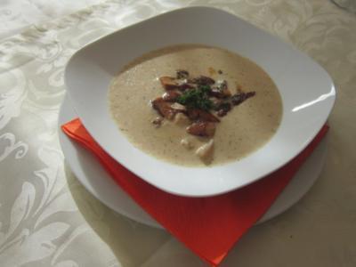Steinpilz-Suppe - Rezept