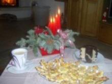Weihnachtspllätzchen: Mandelplätzchen für die Advent-Kaffeetafel - Rezept
