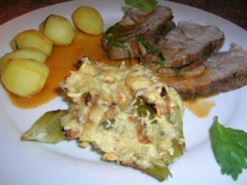 Rezept: Nackenbraten vom Schwein mit Estragonsauce an überbackenem Staudensellerie