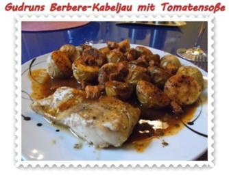 Fisch: Berbere-Kabeljau mit Backkartoffeln und Tomaten-Specksoße - Rezept