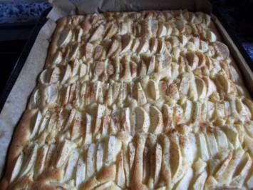 Apfelkuchen vom Blech - Rezept