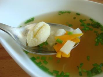 Grießgnocchisuppe mit 3 erlei Nockerln - Rezept