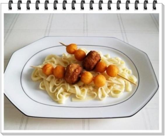 Fleisch-Kartoffelbällchen-Spieß auf Tagliatelle - Rezept - Bild Nr. 13