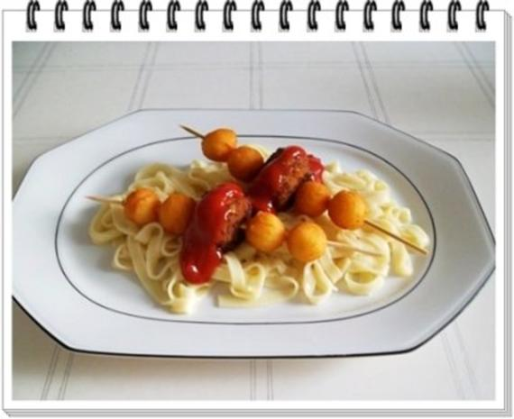 Fleisch-Kartoffelbällchen-Spieß auf Tagliatelle - Rezept - Bild Nr. 16
