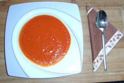 tomatensuppe mit tomatenmark und tomatensaft rezepte. Black Bedroom Furniture Sets. Home Design Ideas