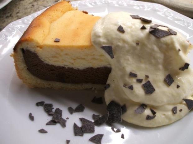 Backen: Zweifarbiger Käsekuchen mit Mangosahne  ***Happy Birthday, liebe Eva-Maria*** - Rezept