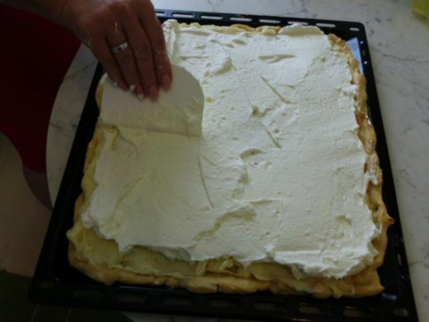 Brandteigkuchen mit Vanillecreme, dazu Waldbeermus (so wird das in Ungarn gemacht) - Rezept - Bild Nr. 20