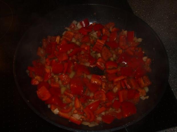 Eierkuchen mit Paprika-Schinken Füllung - Rezept - Bild Nr. 3