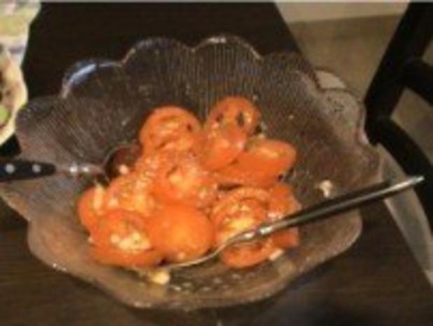 Salat: von frischen Tomaten - Rezept - Bild Nr. 3