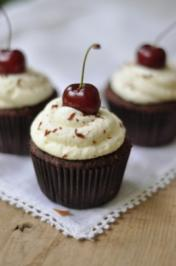 Schwarzwälder Kirsch Cupcakes - Rezept - Bild Nr. 9