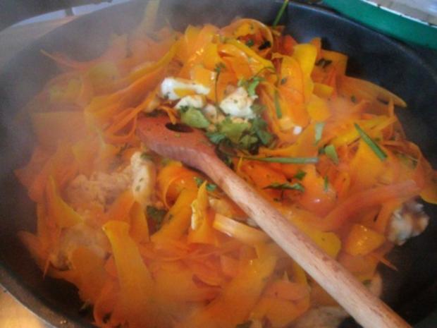 Pfannengericht Spaghetti mit Kürbis und Möhre - Rezept - Bild Nr. 11