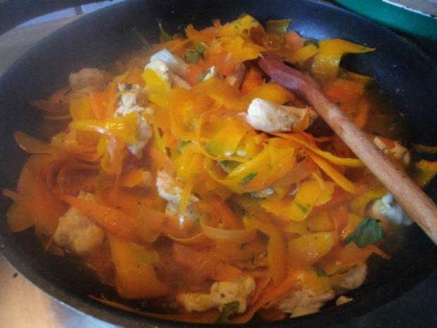 Pfannengericht Spaghetti mit Kürbis und Möhre - Rezept - Bild Nr. 13