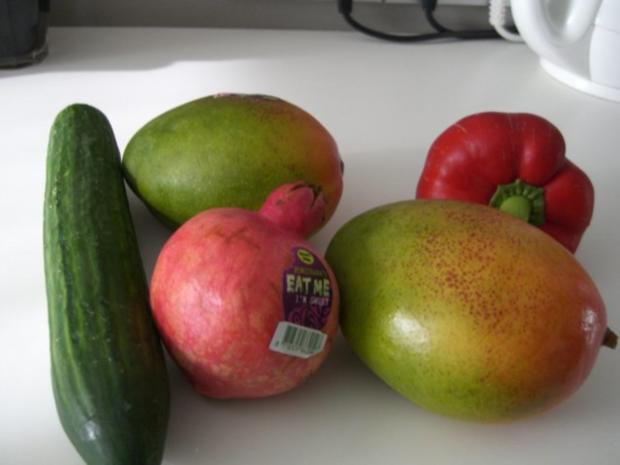 Garnelen vom Grill mit Mango-Salsa und Mango-Curry-Soße - Rezept - Bild Nr. 7