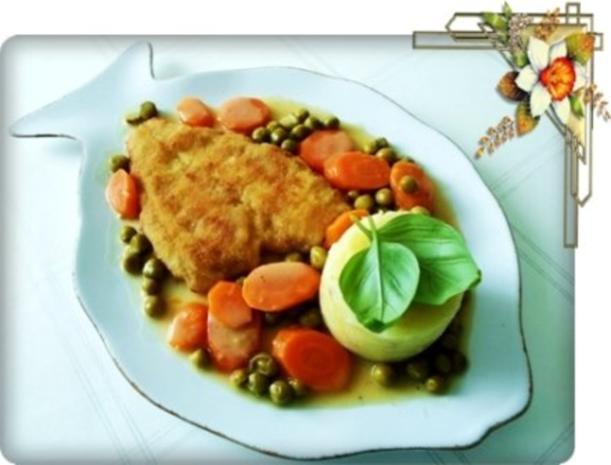Gebratene Scholle auf Gemüsebett mit leckerem Stampfkartoffel - Türmchen - Rezept