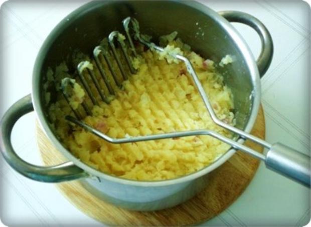 Gebratene Scholle auf Gemüsebett mit leckerem Stampfkartoffel - Türmchen - Rezept - Bild Nr. 22