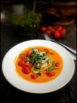 Malfatti, Tomatensuppe und geschmolzene Kirschtomaten - Rezept