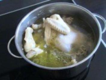 Rezept: Suppen & Eintöpfe: Scharfe Geflügelsuppe...