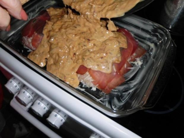 Geschichtete Käse-Hähnchenbrustfilets in einer Zwiebel-Senfsahnesauce, überbacken - Rezept - Bild Nr. 14