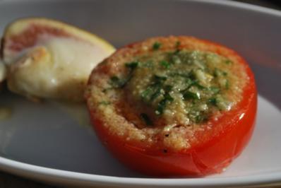 Tomaten mit Bröselhaube vom Grill - Rezept