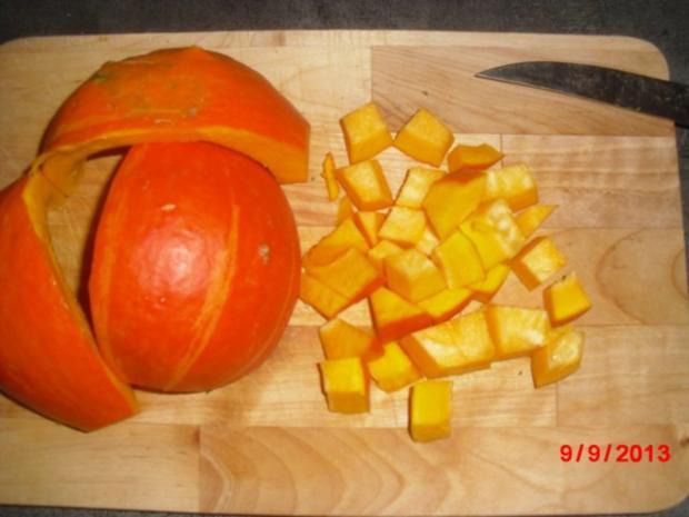 Kürbis-Suppe mit Gemüseeinlage - Rezept - Bild Nr. 3