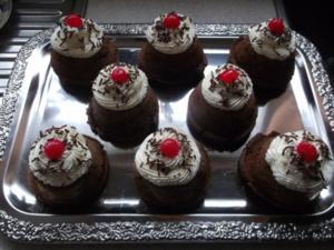 """Cupcakes """"Schwarzwälder Kirsch"""" - Rezept"""