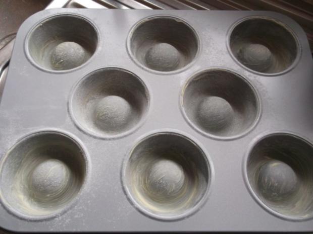 "Cupcakes ""Schwarzwälder Kirsch"" - Rezept - Bild Nr. 3"