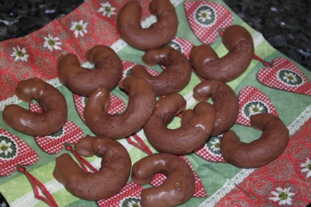Weihnachtsplätzchen: Schoko-Orangen-Kipferl - Rezept