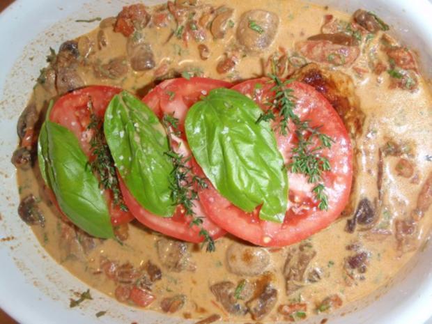 Involtini mit Polentatalern in Tomaten-Champignon Soße - Rezept - Bild Nr. 7