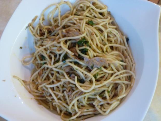 Knoblauch-Spaghetti leicht verschärft - Rezept - Bild Nr. 2