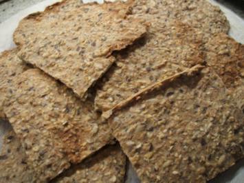 Rezept: Brot/Brötchen: Knäckebrot mit viel Ballaststoffen