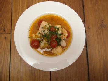 Lillet Fraise, Baguette mit überbackenem Ziegenkäse und Fischsuppe - Rezept