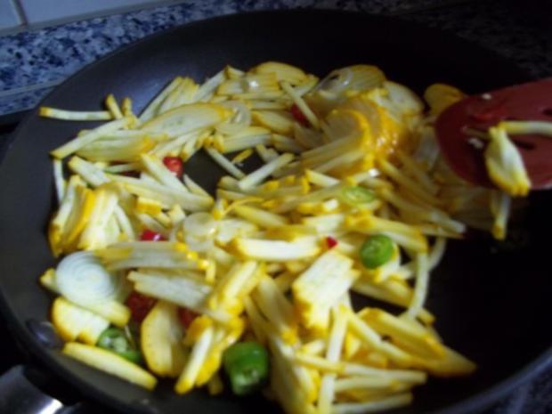 Lachssteak auf Gemüsebett - Rezept - Bild Nr. 4