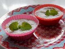 Fruchtige Schoko-Käseküchlein mit Nektarinen und Erdnüssen - Rezept