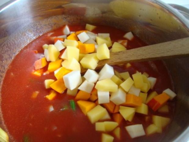 Tomatensuppe mit Gemüsevielfalt - Rezept - Bild Nr. 9