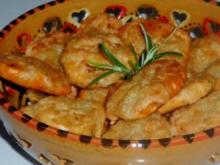 Pikantes Käsegebäck: Würzige Pizza-Kräcker & scharfe Chili-Rosmarin-Kräcker - Rezept
