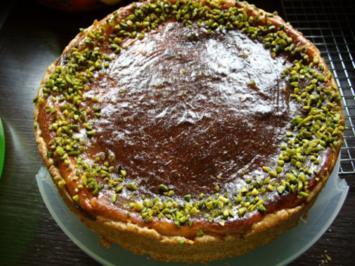 Glasierte Frischkäse - Apfel - Torte - Rezept