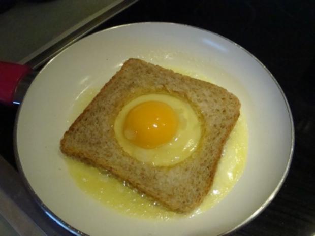 Ei im Nest oder einfach Eiertoast - Rezept - Bild Nr. 6