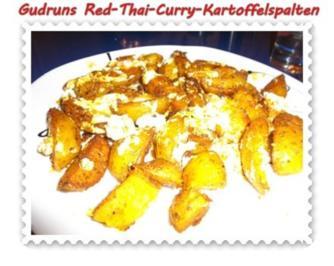 Kartoffeln: Red-Thai-Curry-Kartoffelspalten mit Ziegenkäse - Rezept