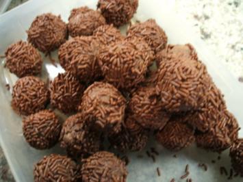 Pralinen: Rumkugeln aus Muffins - Rezept