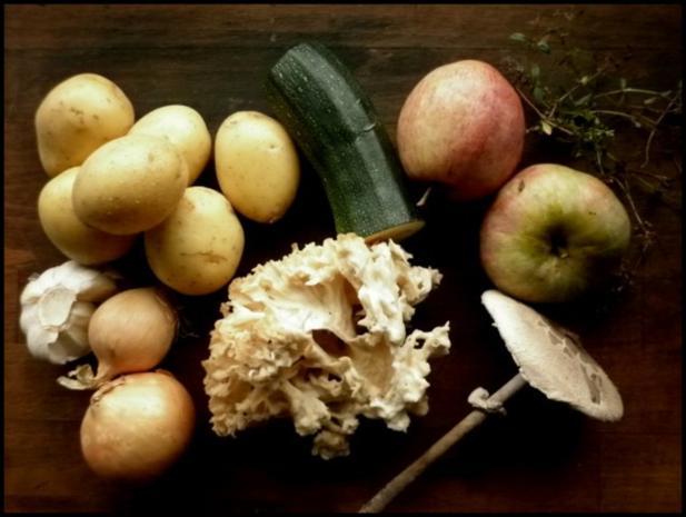 Parasolpilz-Schnitzel, Apfel-Zucchini-Gemüse und Kartoffelpüree - Rezept - Bild Nr. 2