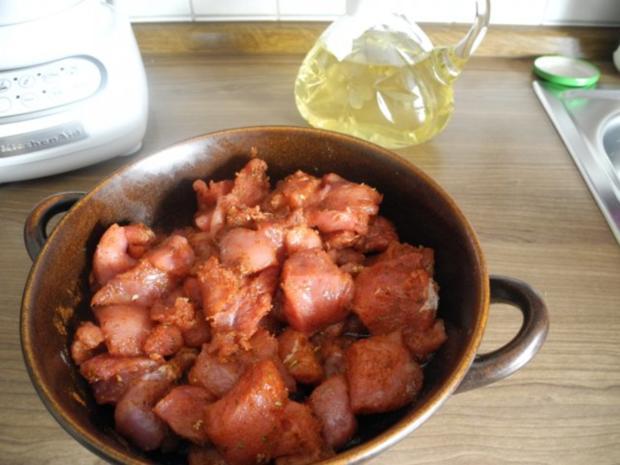 Gulasch : Zwiebel - Erbsen - Gulasch...aus dem kleinen Zaubertopf* - Rezept - Bild Nr. 5