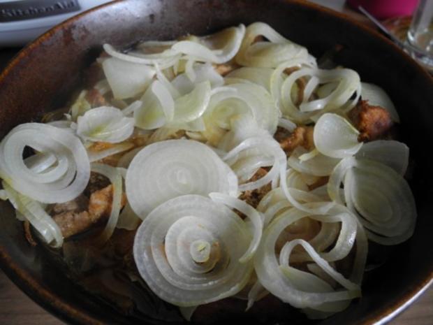 Gulasch : Zwiebel - Erbsen - Gulasch...aus dem kleinen Zaubertopf* - Rezept - Bild Nr. 14