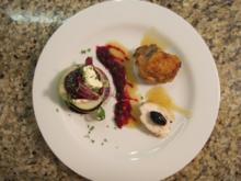 Poularde mit Knoblauch, Kräutern und Oliven, dazu Millefeuille von Grünem Apfel, Meerretti - Rezept