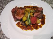 Saltimbocca vom Kalb mit Rosmarinbratkartoffeln, Marsalasosse und ligurischem Gemüse - Rezept
