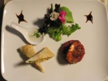 Surf und Turf asiatisch, davor Carte Blanche und Kleine Köstlichkeit von der Ente - Rezept