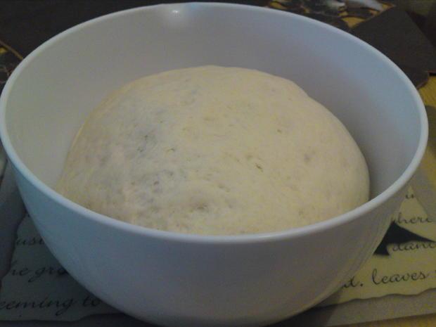 Mannis Backblech lockerer Pizzateig  (ausführliche Anleitung) - Rezept - Bild Nr. 6131