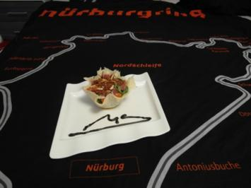 Rezept: Insalata Monza in Parmesan-Cup