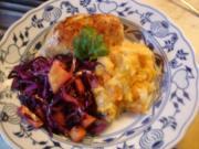 Gefülltes Hähnchenbrustfilet mit Möhren-Sellerie-Kartoffelstampf und Rotkohlsalat - Rezept