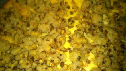 Käsekuchen mit und aus Haselnuss-Streusel - Rezept