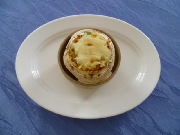 Vegetarisches - Gefüllter Hokkaido-Kürbis aus dem Ofen - Rezept - Bild Nr. 10